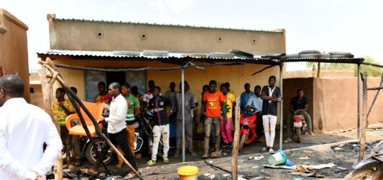 Burkina Faso'da Çocuk Askerler 130'dan Fazla Kişiyi Öldürdü