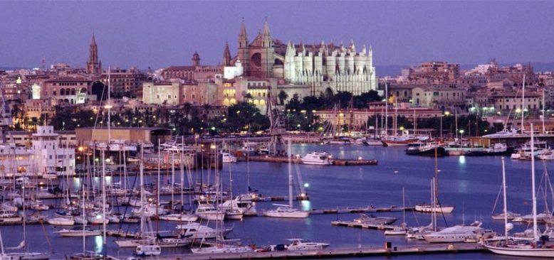 Kovid-19 İspanya'nın Balear ve Kanarya adalarını derinden etkiledi