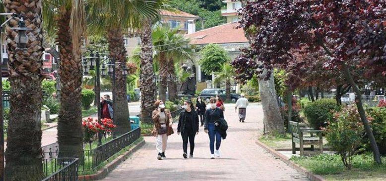 Amasra bayramda tatilcilerin akınına uğradı