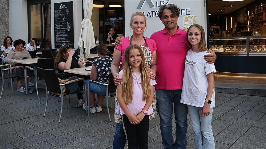 Türk dondurmacı İtalyanları kendisine hayran bıraktı