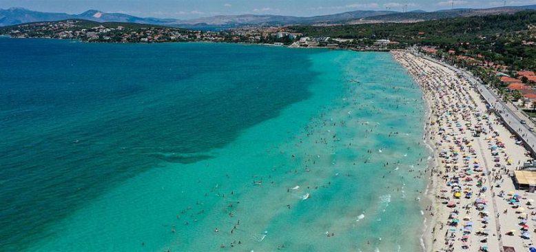 Normalleşme sürecinin ilk kısıtlamasız pazar gününde sahillerde yoğunluk yaşandı