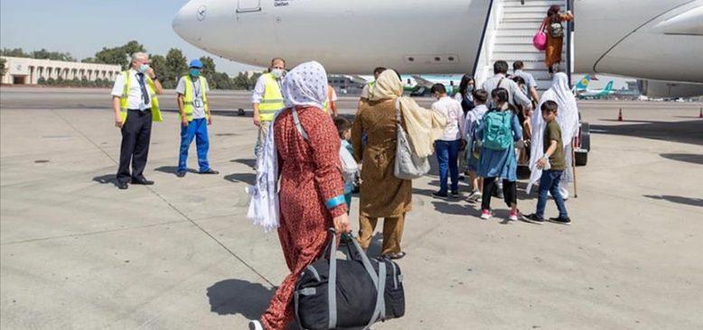 Almanya, Afganistan'daki 2 binden fazla kişiyi  tahliye etti