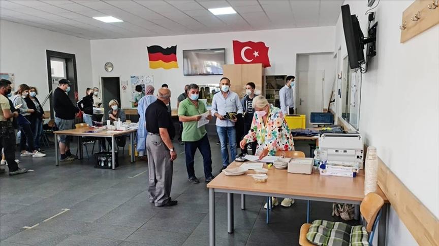 Almanya'da camilerde aşı kampanyaları sürüyor