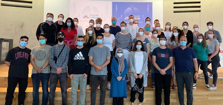 Cami`de 3771 kişi Kovid-19 aşısı oldu