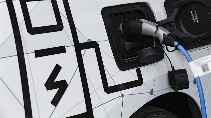 Almanya'da 2030'a kadar araçların yüzde 80'inin elektrikli olması bekleniyor
