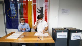 Almanya'da SPD, Yeşiller ve Hür Demokratlarla koalisyon istiyor