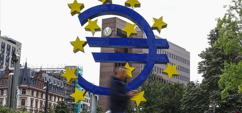 Almanya'nın kamu borcu arttı