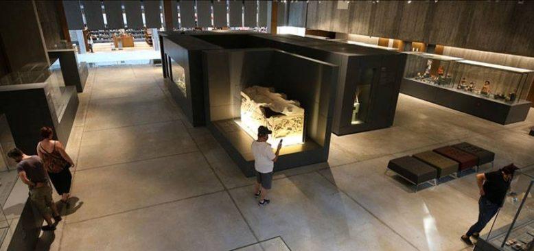 Avrupa'nın ödül avcısı müzenin sırrı Homeros'un destanında saklı