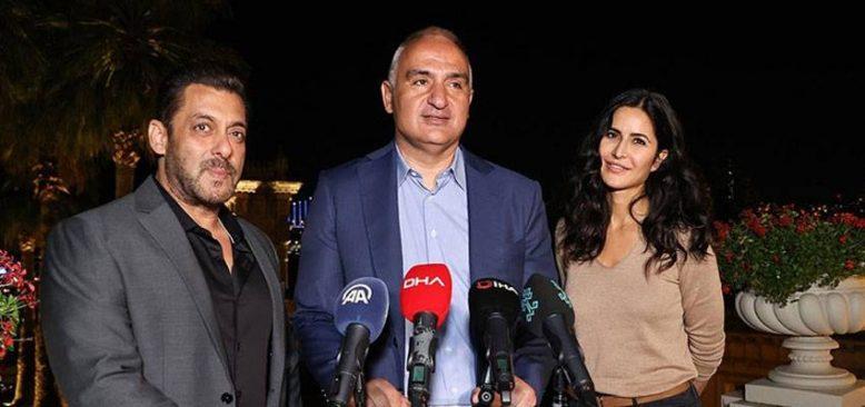 Bakan Ersoy Bollywood yıldızlarıyla bir araya geldi
