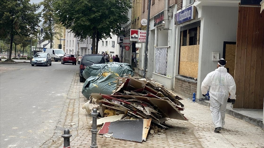 Almanya'da selin izleri hala silinemedi