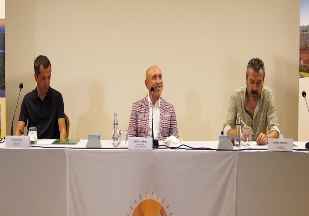Turizmde büyümek isteyen Şahinler Holding Antalya'da otel arayışında