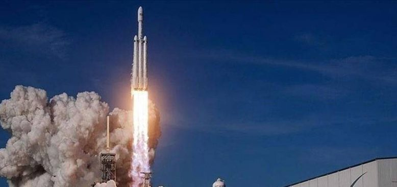 SpaceX roketi 4 özel yolcuyu dünyanın çevresinde 3 gün gezdirecek