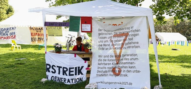 Almanya'da aktivistler açlık grevini sürdürüyor