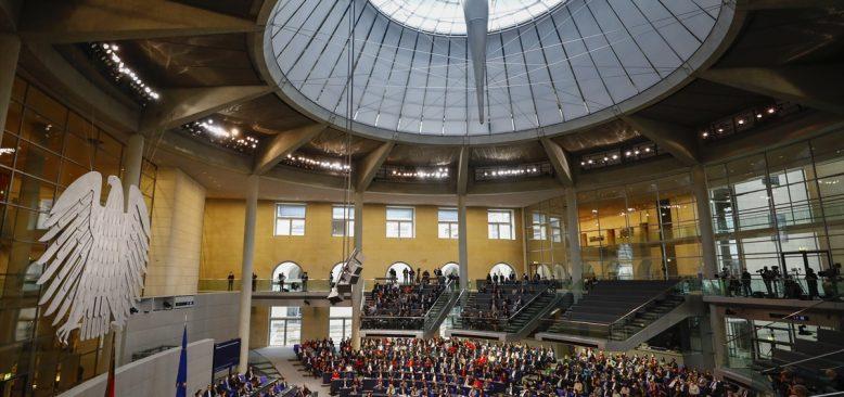 Almanya'da Federal Meclis Başkanlığına SPD'li Baerbel Bas seçildi