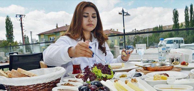 Afyonkarahisar'a gelen turistler güne 'Frigya Kahvaltısı'yla başlayacak