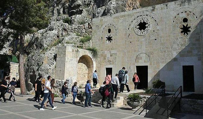 İnanç turizminin gözdesi St. Pierre Kilisesi bu yıl 62 bin kişiyi ağırladı