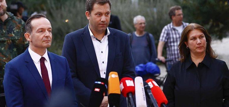 SPD hükümet kurma çalışmaları kapsamında FDP ile görüştü