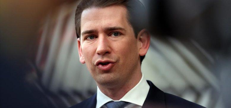 Avusturya'da başbakan değişikliği iktidara yönelik tepkileri azaltmadı