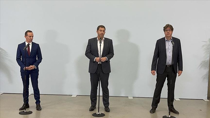 SPD, Yeşiller ve FDP arasında koalisyon görüşmeleri başladı
