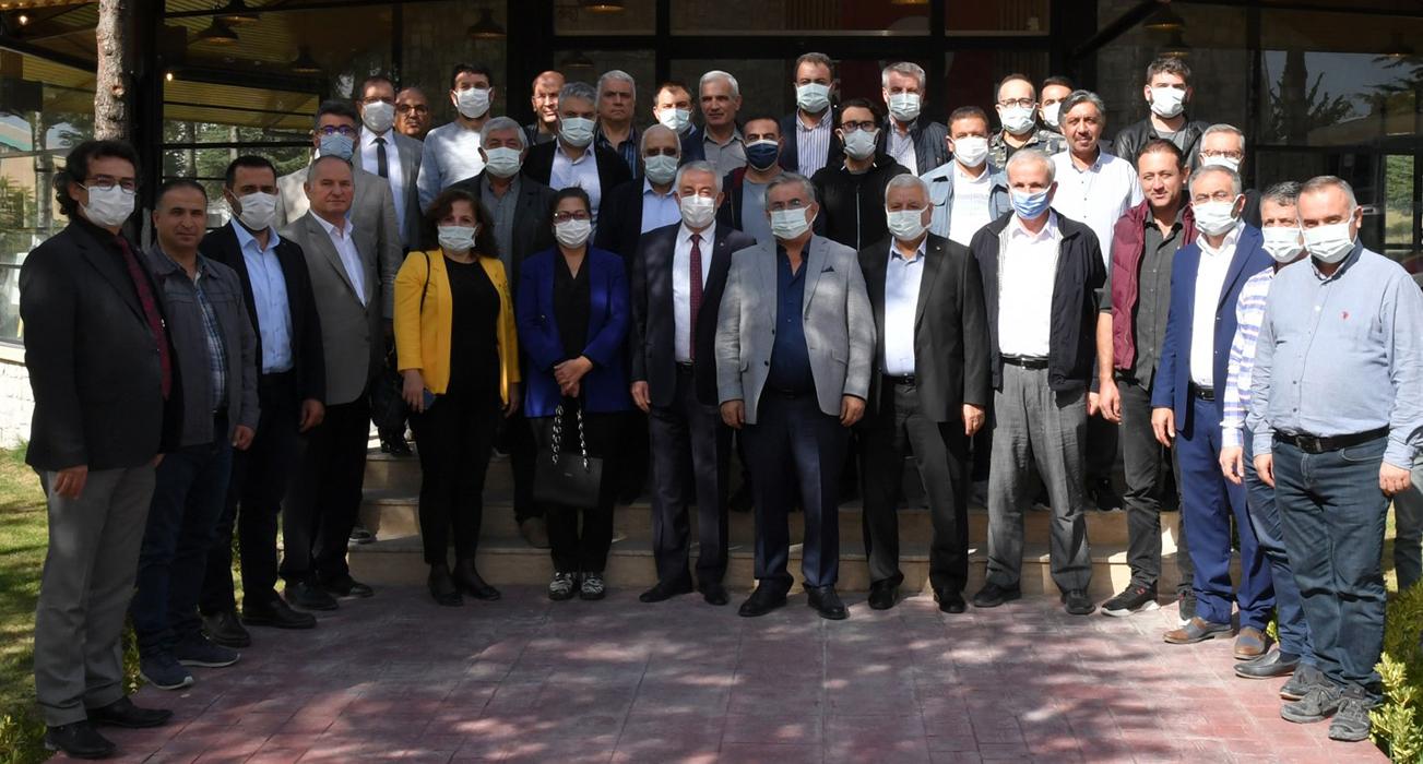 Isparta Belediyesi sanayicinin yanında