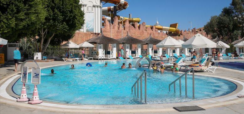 Rusya ve İngiltere pazarı Antalya'da turizm sezonunu uzattı